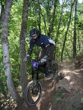 Salto 14 de la bici de montaña Foto de archivo