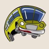 Salto amarelo alegre do ônibus do personagem de banda desenhada Fotos de Stock Royalty Free