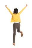Salto asiatico della donna di vista posteriore Fotografia Stock Libera da Diritti