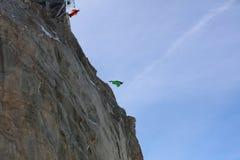 Salto BAJO de Wingsuit Foto de archivo