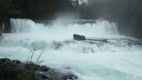 Salto de La利昂娜Waterfall,智利 股票视频