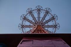 Salto de paracaídas de Coney Island Foto de archivo