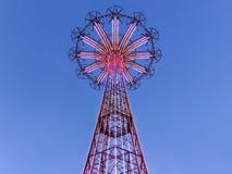 Salto de paraquedas de Coney Island Imagens de Stock Royalty Free