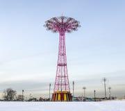Salto de paraquedas de Coney Island Imagem de Stock Royalty Free