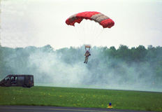 Salto de paraquedas por veteranos Imagem de Stock Royalty Free
