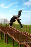 Salto de Parkour. Fotografía de archivo libre de regalías