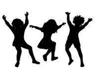 Salto de sorriso feliz das crianças Silhuetas pretas no fundo branco ilustração do vetor
