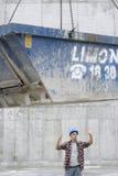 Salto di Directing Movement Of del muratore Fotografie Stock Libere da Diritti