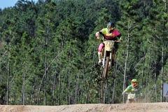 Salto di Moto fotografia stock