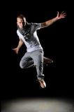 Salto do dançarino de Hip Hop fotografia de stock royalty free
