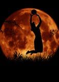 Salto do jogador da mulher do voleibol ilustração do vetor