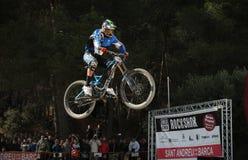 Salto do Mountain bike Foto de Stock