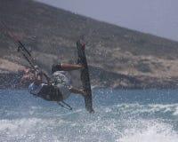 Salto do surfista do papagaio Imagens de Stock Royalty Free
