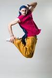 Salto expresivo del bailarín Foto de archivo libre de regalías