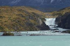 Salto grande, parque nacional de Torres del Paine, Chile Fotos de archivo