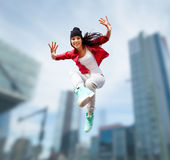 Salto hermoso de la muchacha de baile Imágenes de archivo libres de regalías