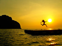 Salto II do por do sol Imagem de Stock Royalty Free