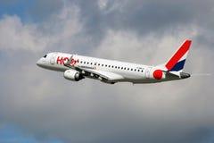 ¡Salto! Línea aérea del bajo costo Foto de archivo libre de regalías