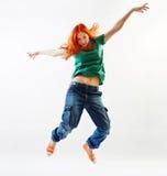 Salto moderno del danzatore di stile Fotografia Stock
