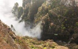 Salto nella valle, autunno della cabina di funivia Fotografia Stock