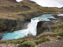 Salto stor vattenfall - Torres del Paine nationalpark, Chile Arkivfoto