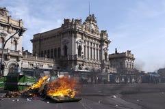 Saltos de los desperdicios quemados Imagen de archivo libre de regalías