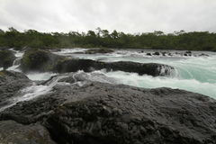 Saltos DE petrohue, Watervallen van petrohue Stock Afbeeldingen