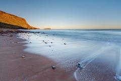 Saltwick海湾在Whitby 免版税库存照片