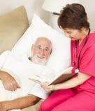 Salud casera - lectura imagen de archivo