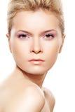 Salud y belleza naturales. Mujer con la piel limpia Fotos de archivo libres de regalías