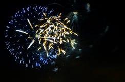 Salude en honor del Año Nuevo y de un gran día de fiesta Fotografía de archivo libre de regalías