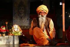 Saludo indio del hombre santo Fotografía de archivo libre de regalías