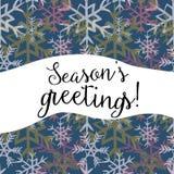 Saludos del ` s de la estación Vector el ejemplo de los copos de nieve blancos, amarillos y rosados en fondo azul marino Imagen de archivo