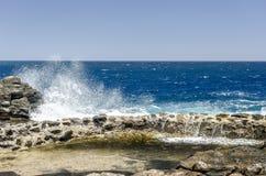 Saluez le sel de produit Méthodes traditionnelles de production de sel de mer photographie stock libre de droits