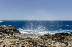 Saluez le sel de produit Méthodes traditionnelles de production de sel de mer photos libres de droits