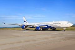 Salut mouche A340 Photographie stock
