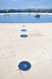 Salutation au soleil - sculpture en panneau solaire dans Zadar, Croatie Images libres de droits