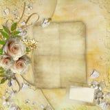 Salutation de la carte d'or avec de belles roses Photographie stock libre de droits