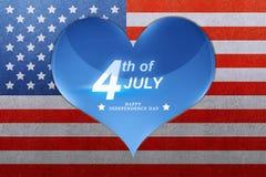 Salutation heureuse de Jour de la Déclaration d'Indépendance sur le coeur bleu Images stock