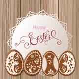 Salutation heureuse de Pâques, pain d'épice sous forme d'oeufs Vacances de ressort, fond de Pâques Photo stock