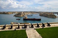 Salutera det Lascaris batteriet i Valletta, huvudstad av Malta Fotografering för Bildbyråer