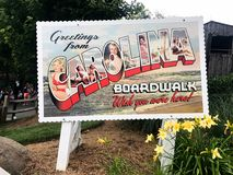 Saluti da Carolina Boardwalk Postcard Sign fotografie stock libere da diritti