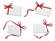 Saluto di celebrazione di chirstmas della nota della carta dell'arco del nastro Fotografia Stock Libera da Diritti