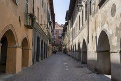 Saluzzo, Piemonte, Italië, historische stad stock foto