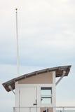 Salva-vidas Tower na praia Imagens de Stock Royalty Free