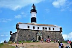 Salvador, Bahía, el Brasil 27 de febrero de 2013: Barra Lighthouse Foto de archivo