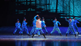 """Salvage at sea-Dance drama """"The Dream of Maritime Silk Road"""". Dance drama """"The Dream of Maritime Silk Road"""" centers on the plot of two Stock Photo"""