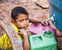 Salvar a água no verão Imagens de Stock