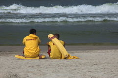 Salvas-vidas na praia Imagens de Stock Royalty Free