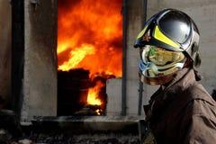 Salvataggio del vigile del fuoco Fotografie Stock Libere da Diritti